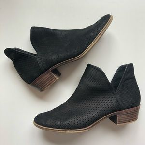 LUCKY BRAND | Perforated Leather Booties Black Mod